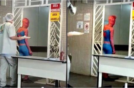 Só um super-herói pode salvar o Nair